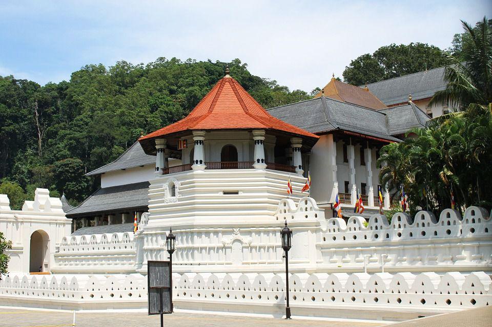temple-204803_960_720